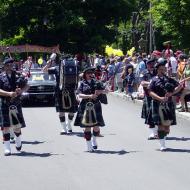 030616057_parade