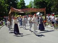 030616085_parade